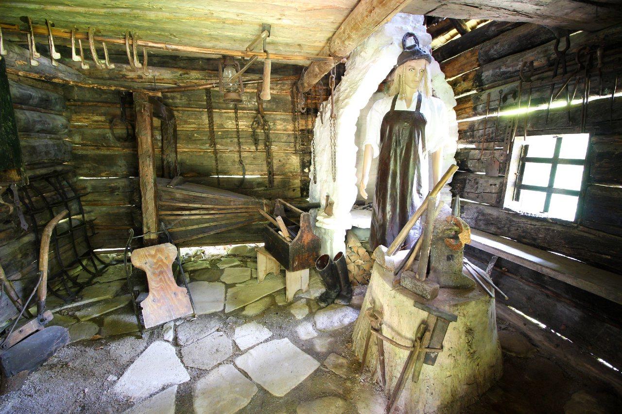 Múzeum Kysuckej dediny Vychylovka – 2