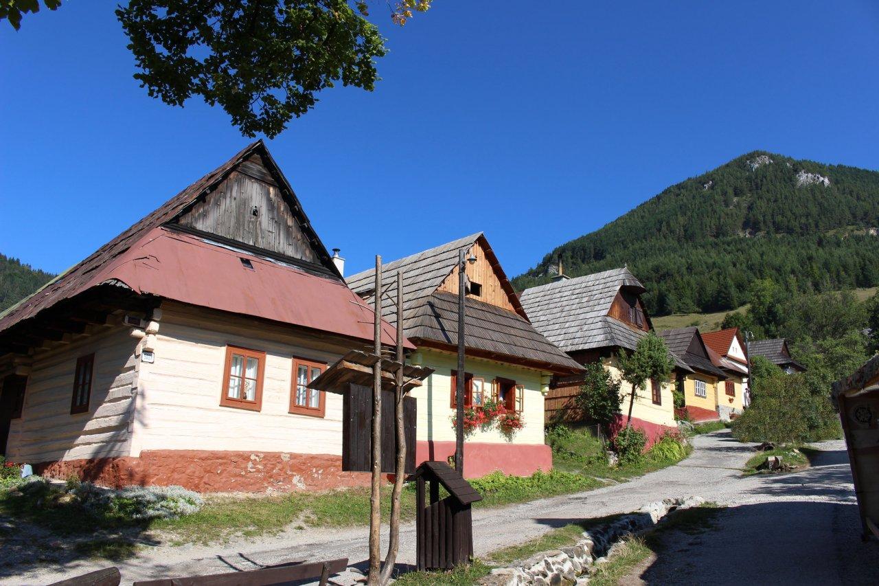Vlkolínec – UNESCO dedinka, Najkrajšie miesta na Slovensku