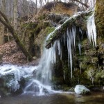 Stredný vodopád v zime, Hájske vodopády, Slovensko