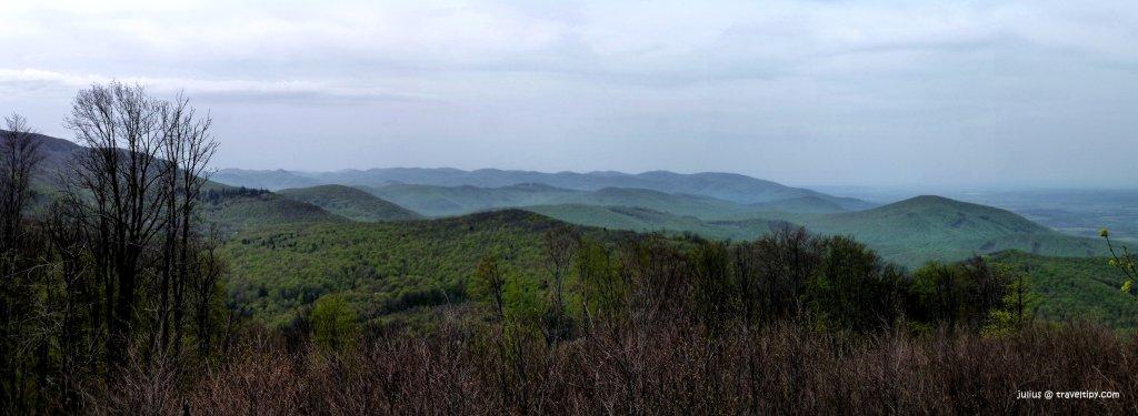 Výhľad z vrchu Dobrák, Slánske vrchy, Košický kraj, Slovensko