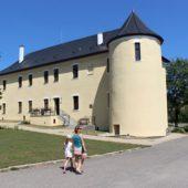 Kaštieľ a archeopark Hanušovce nad Topľou