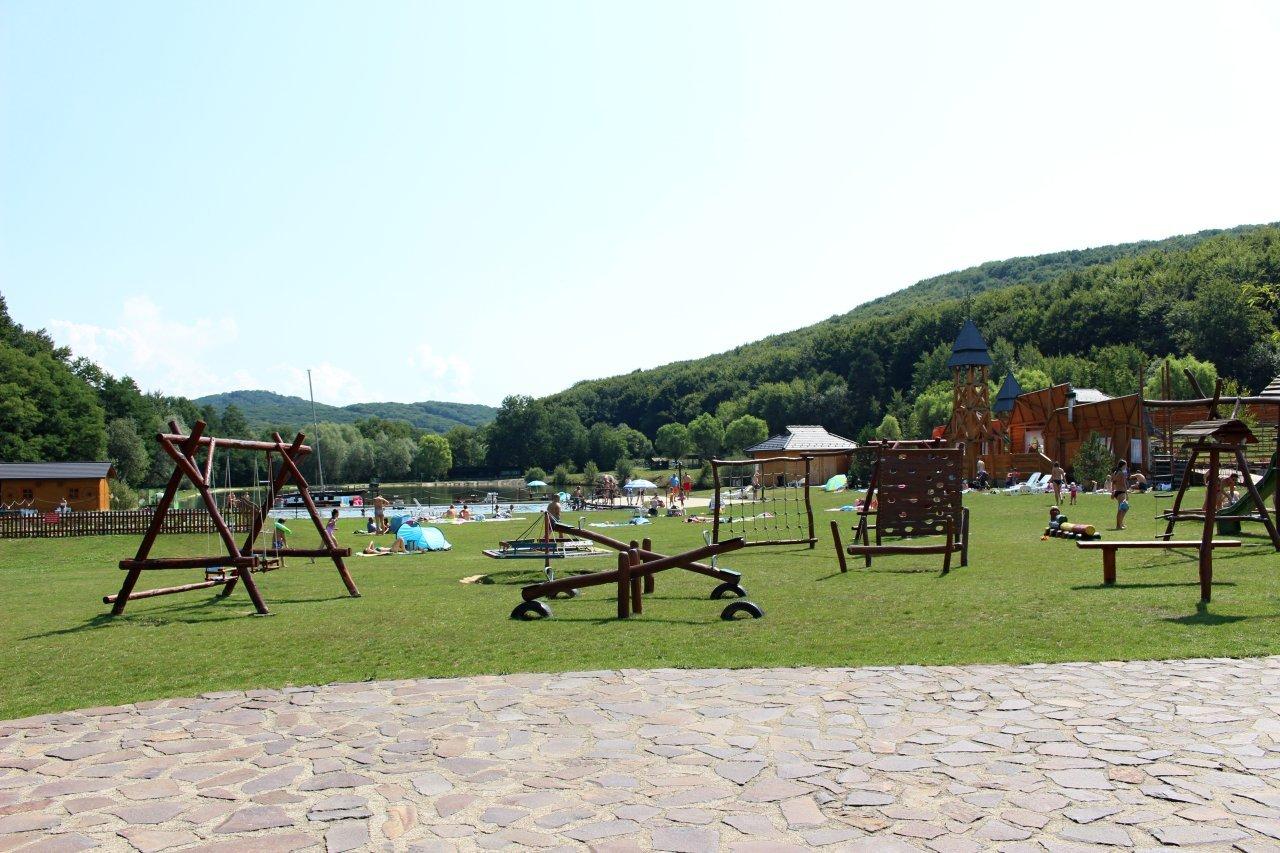 Parádne ihrisko, Rekreačný areál Lysá hora, Kam na výlet Východné Slovensko