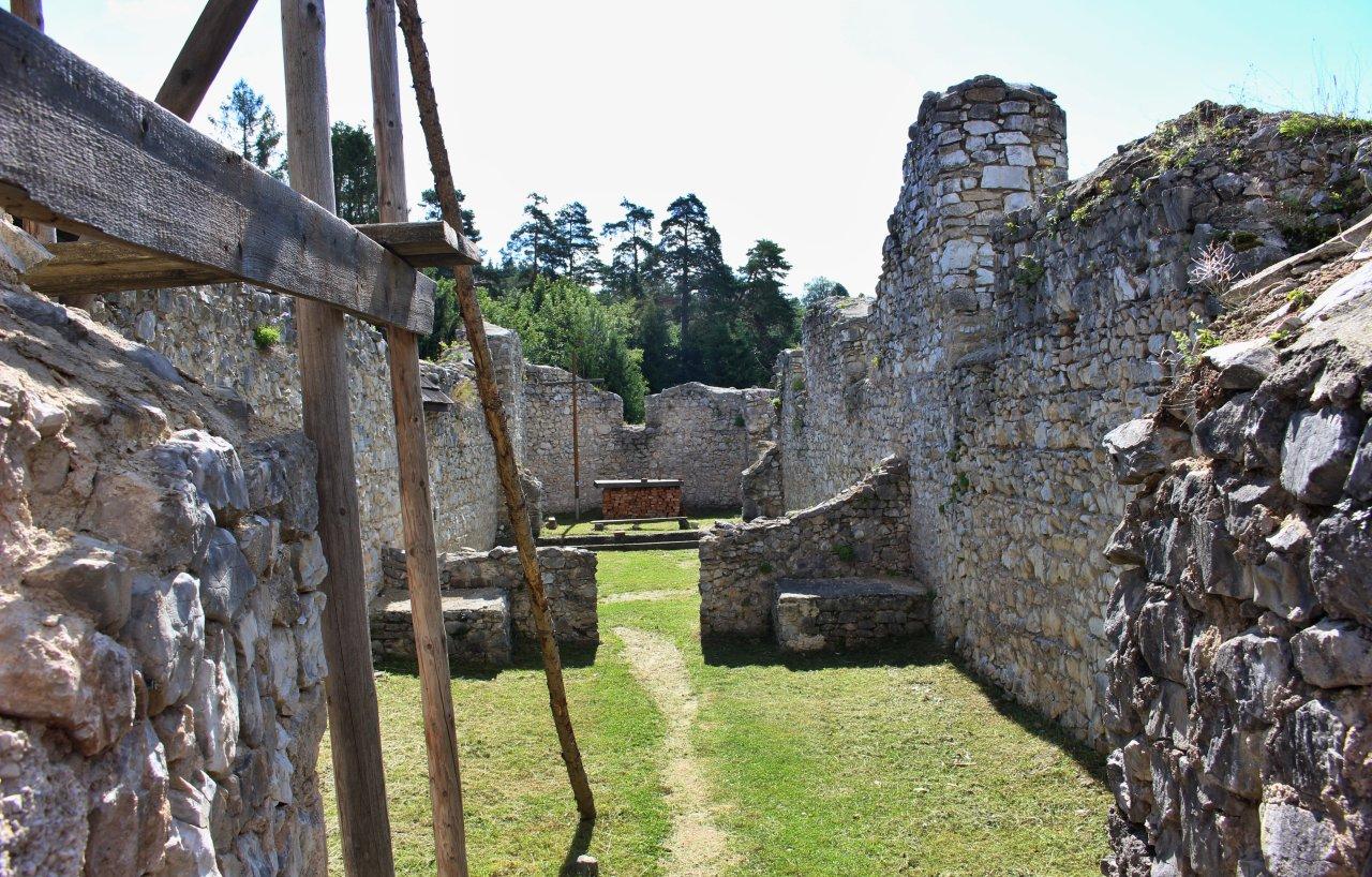 Ruiny kartuziánskeho kláštora, Kláštorisko, Slovenský raj