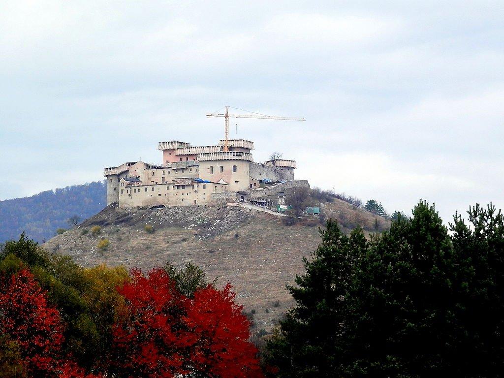 Hrad Krásna Hôrka, Východné Slovensko