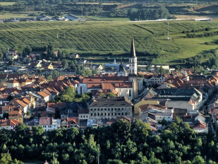 Výhľad na Levoču z Mariánskej hory, Slovenské pamiatky UNESCO - Slovensko a jeho Kultúrne pamiatky UNESCO
