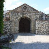 Vstup do vínnej pivničky Tokaj Macík Winery, Košický kraj, Slovensko