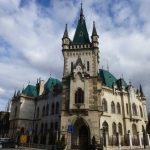 Jakabov palác, Kam do mesta Košice