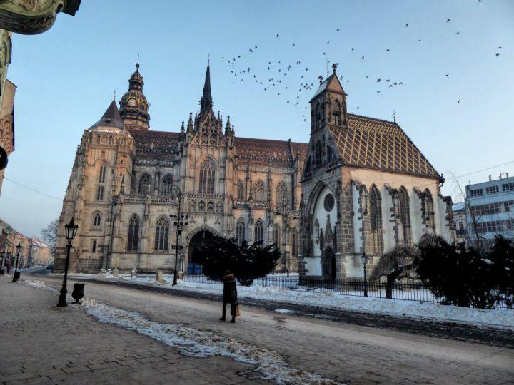 Kaplnka Svätého Michala a Dóm svätej Alžbety, Kam do mesta Košice