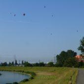 Nábrežie Hornádu - cyklochodník počas Balónovej fiesty, Košice