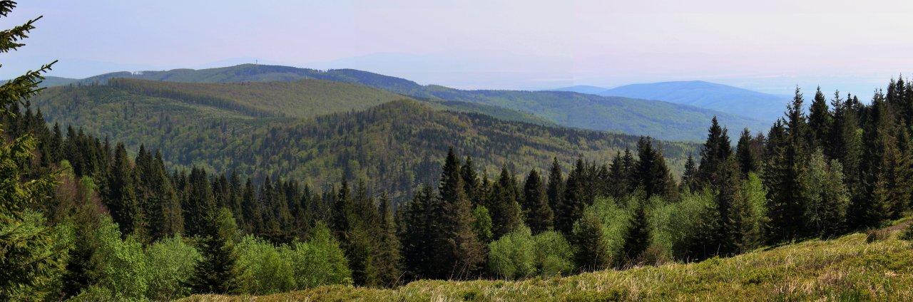 Magnezitárska 60tka – 2018 – výhľad smer Košice z pod Kojšovky, niekde tam by malo byť aj Bradlo, odkiaľ sú fotené Košice s Tatrami!