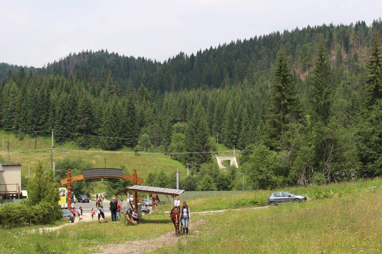 Jazda na koníkoch, Dobšinská ľadová jaskyňa, Ľadový expres