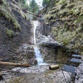 Korytový vodopád na jar, Suchá Belá, Slovenský raj