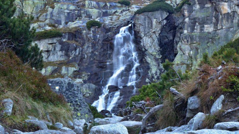 Vodopád Skok, Vysoké Tatry, Záporné ióny