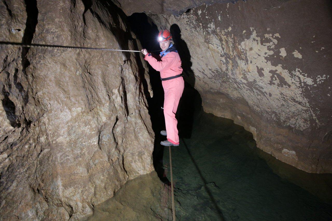 Krásnohorská jaskyňa, Slovenský kras – 3