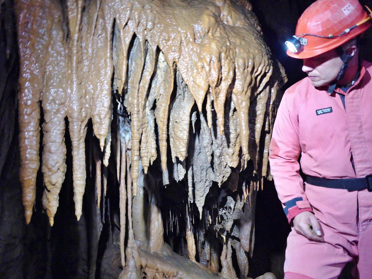 Krásnohorská jaskyňa, Slovenský kras – 5
