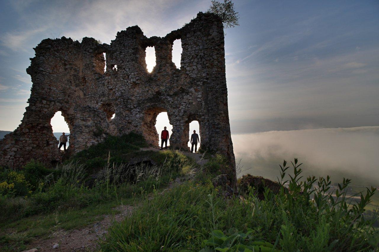 Turniansky hrad, Slovenský kras – 1