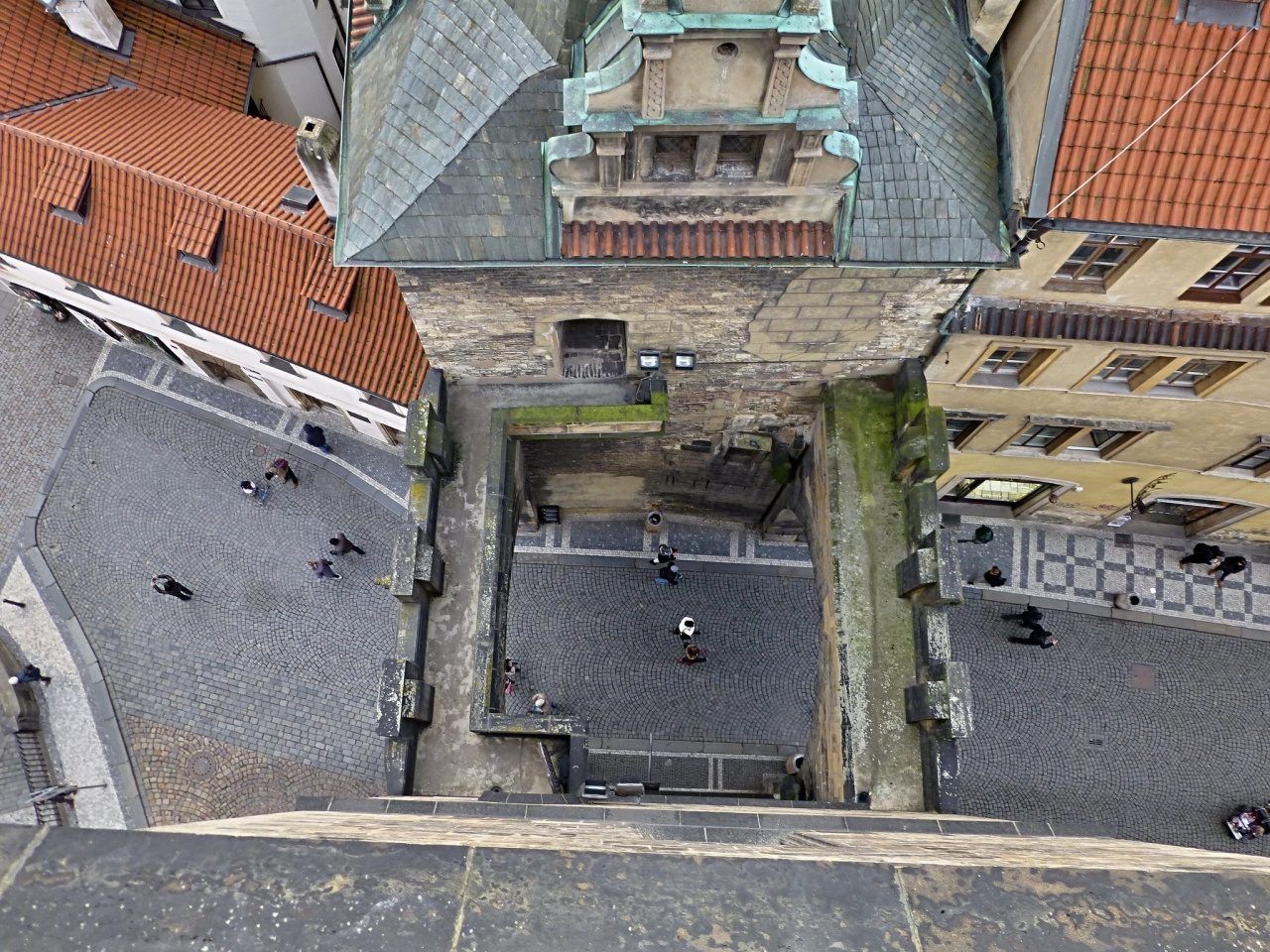 Karlův most – Malostranské mostecké věže – pohľad z veže, Praha