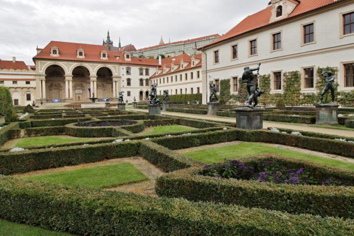 Valdštejnská záhrada, Praha