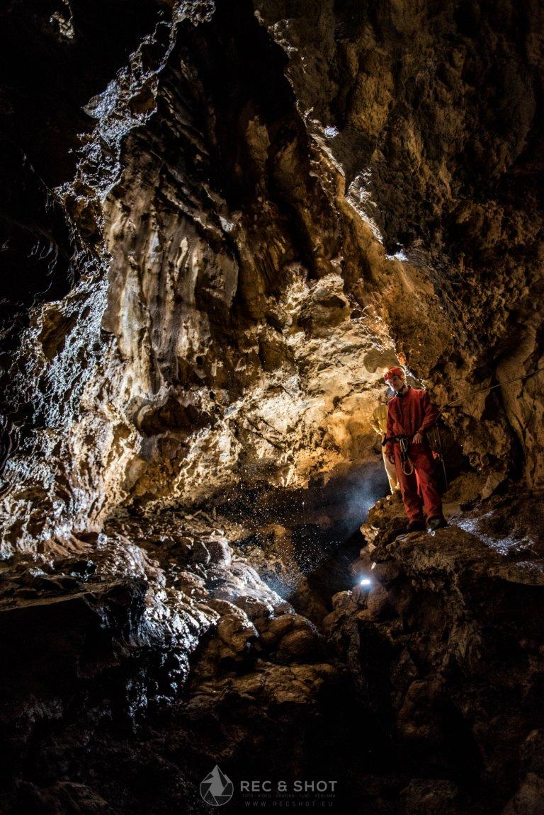 Jaskyňa mŕtvych netopierov, Jaskyne na Slovensku – 5