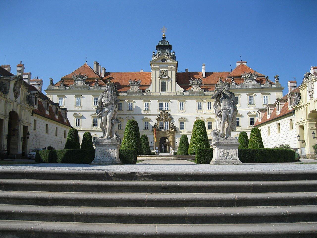 Zámok Valtice, Česká republika